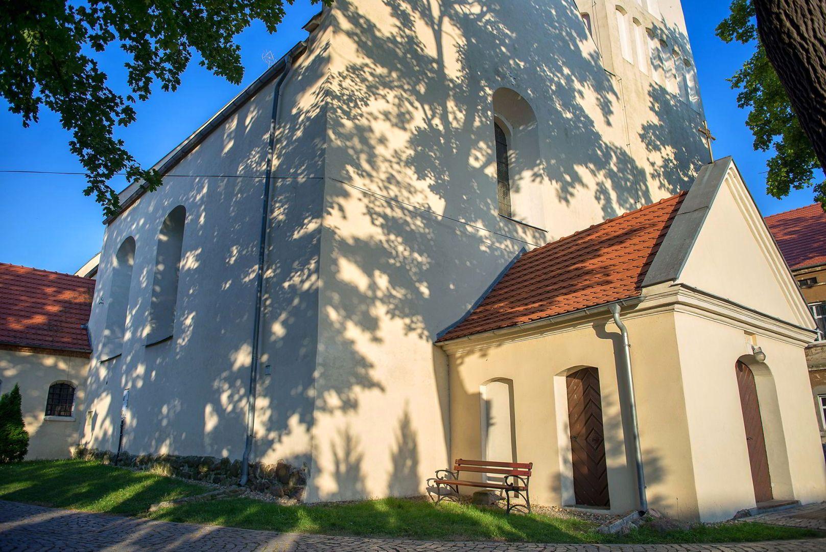 Kościół p.w. św. Marii Magdaleny z XIV wieku